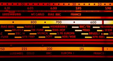 Grundig Meuble Stereo Avec Tourne Disque Ecll800
